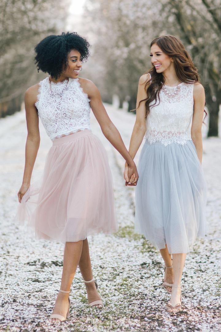 Dvojdielne svadobné šaty - Obrázok č. 29