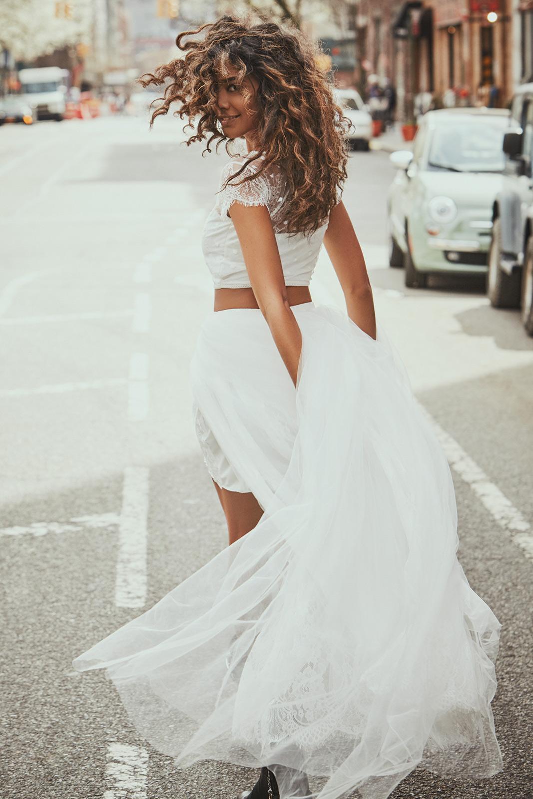 Dvojdielne svadobné šaty - Obrázok č. 56