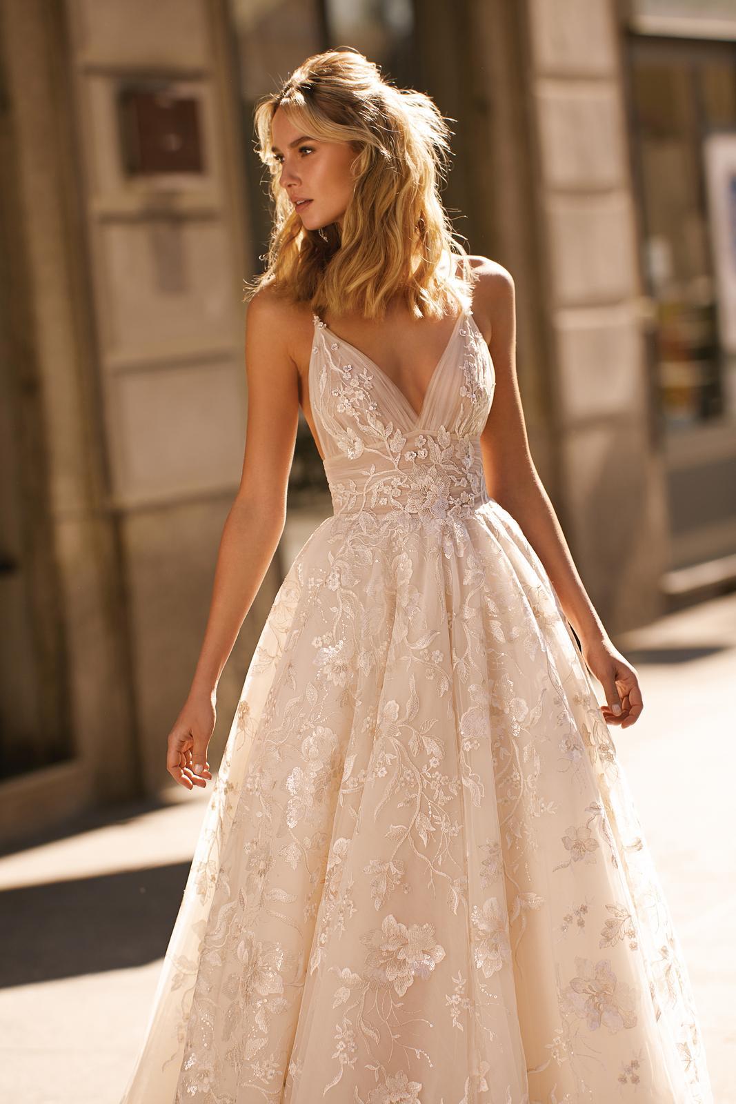 Svadobné šaty jar/leto 2020 BERTA Miláno - Obrázok č. 1