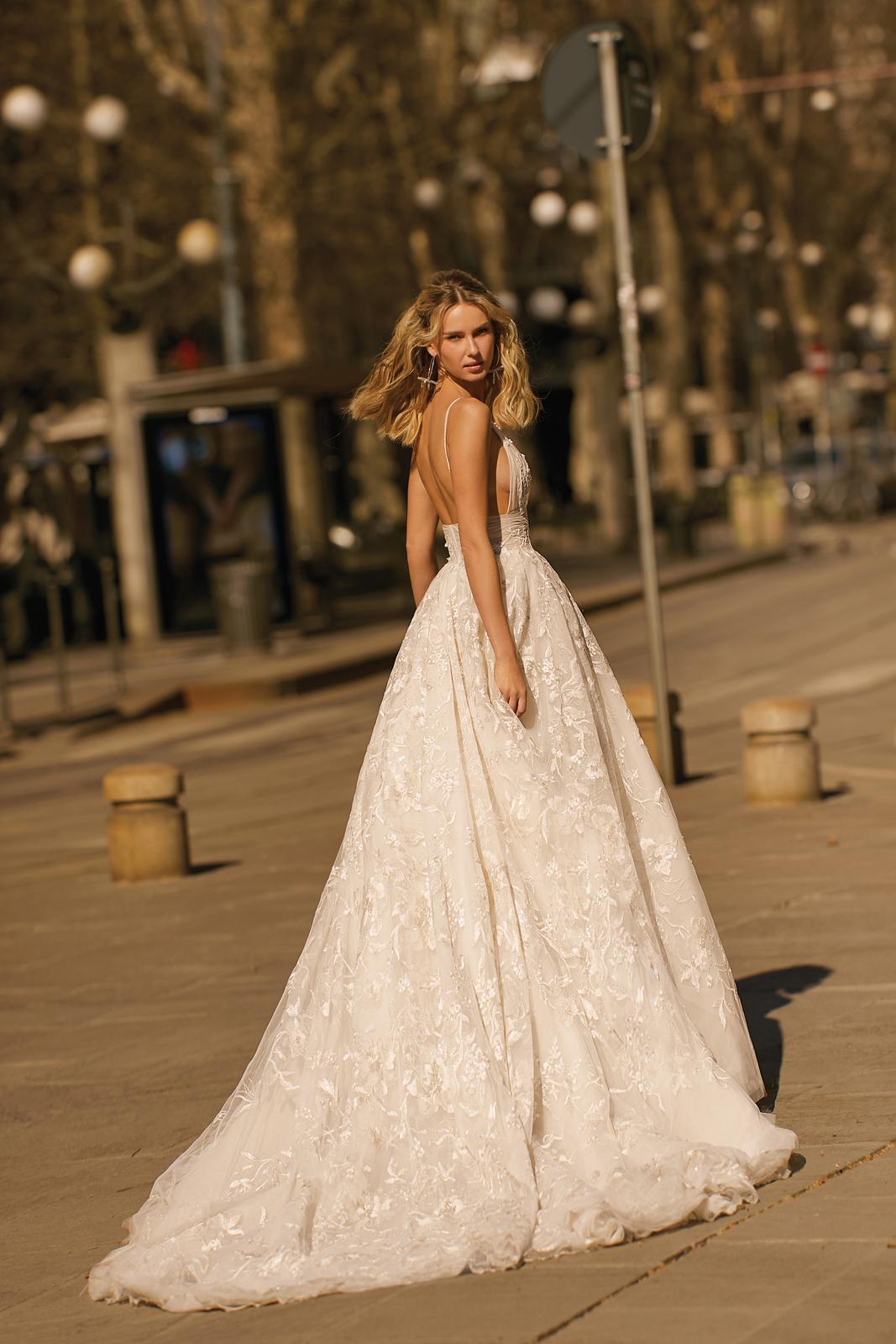 Svadobné šaty jar/leto 2020 BERTA Miláno - Obrázok č. 3