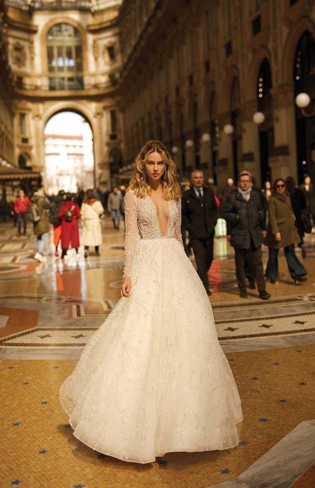 Svadobné šaty jar/leto 2020 BERTA Miláno - Obrázok č. 8