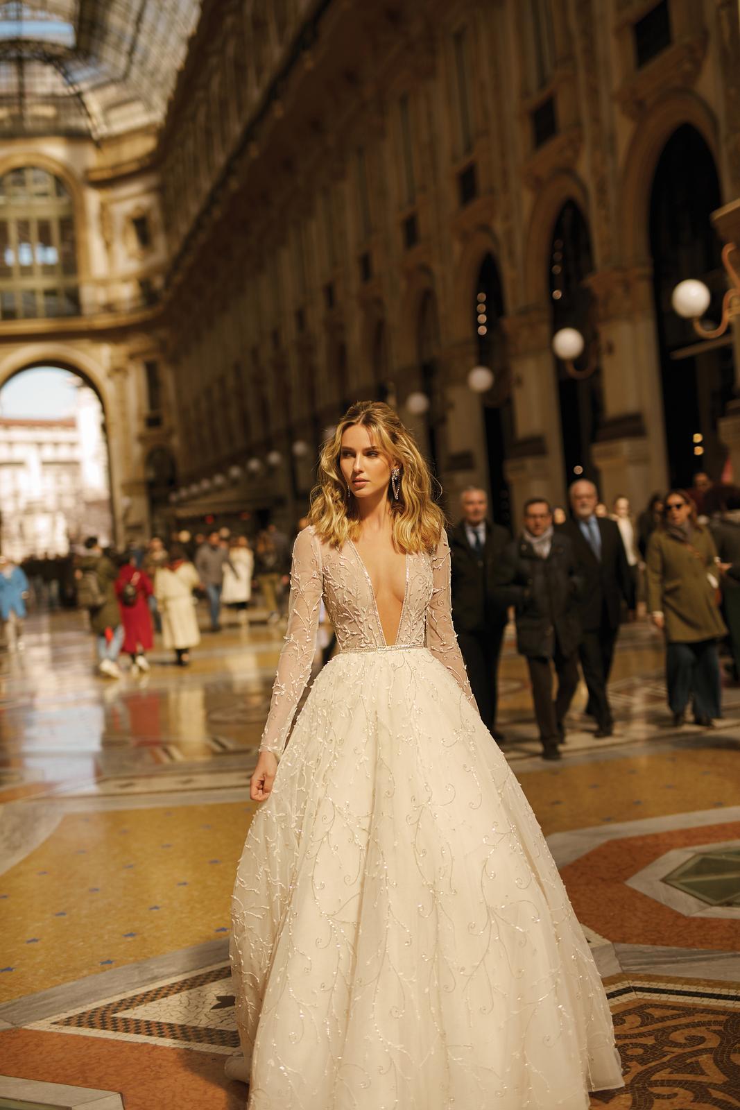 Svadobné šaty jar/leto 2020 BERTA Miláno - Obrázok č. 9
