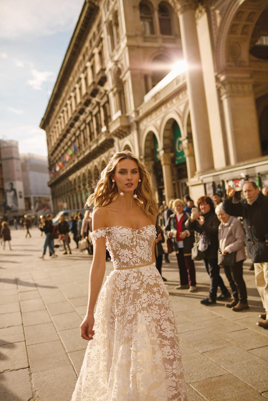 Svadobné šaty jar/leto 2020 BERTA Miláno - Obrázok č. 33