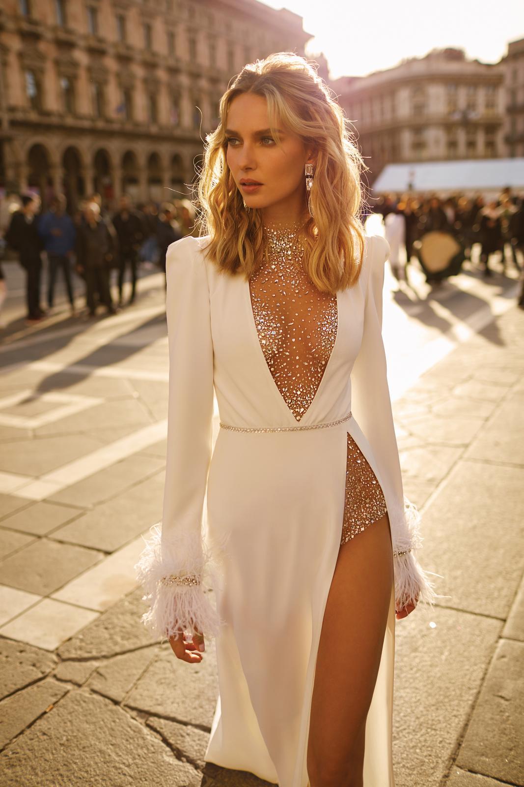 Svadobné šaty jar/leto 2020 BERTA Miláno - Obrázok č. 36
