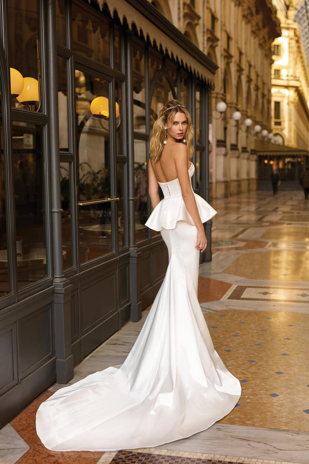 Svadobné šaty jar/leto 2020 BERTA Miláno - Obrázok č. 42