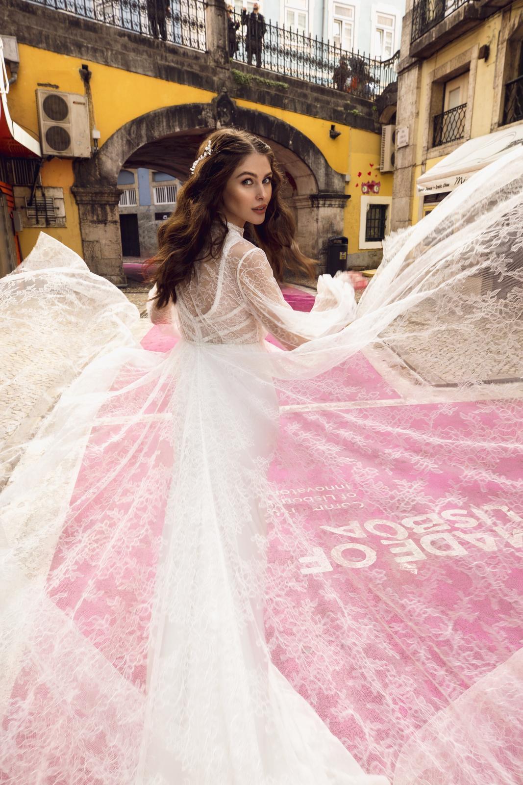 Svadobné šaty Innocentia inšpirované Lisabonom - Obrázok č. 7