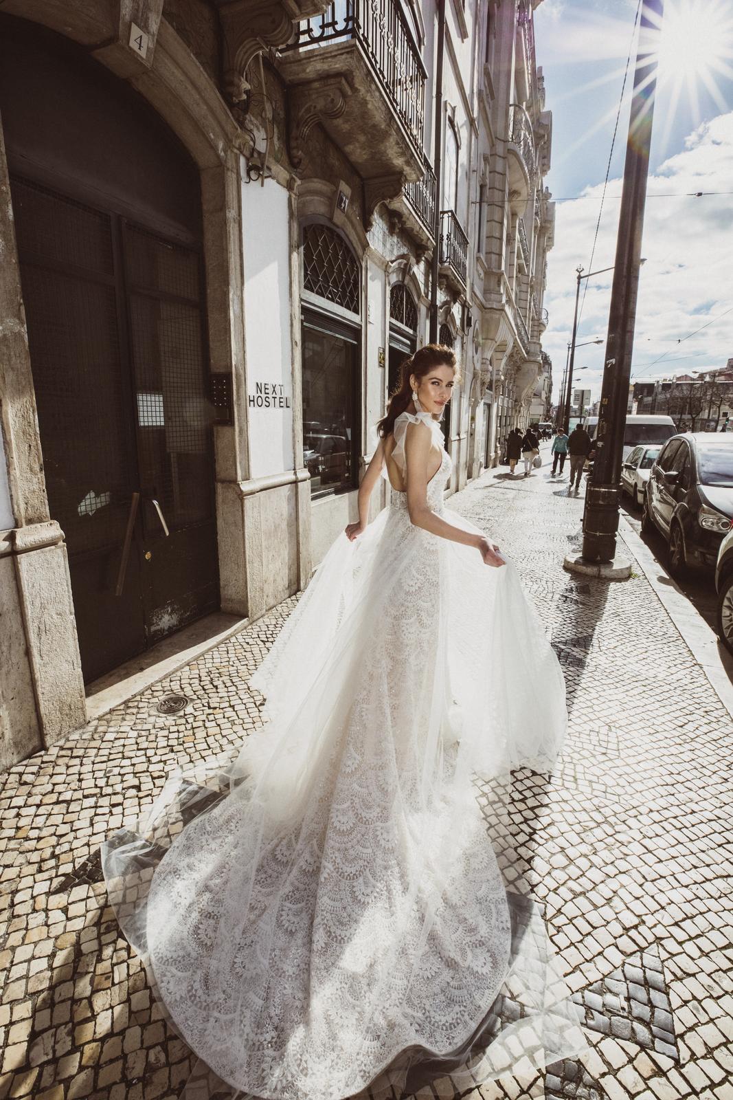 Svadobné šaty Innocentia inšpirované Lisabonom - Obrázok č. 12