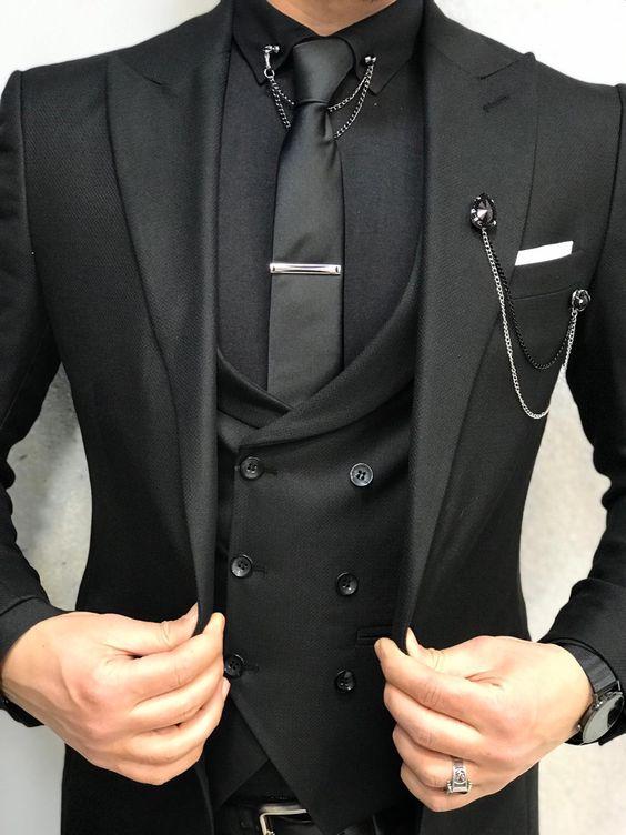 Čierna na svadbe - oblek pre budúceho :)