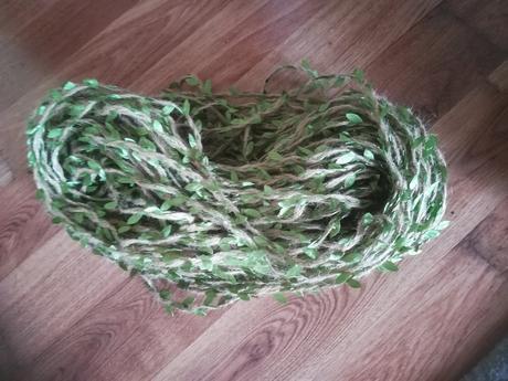jutový špagát so zelenými listami - Obrázok č. 1
