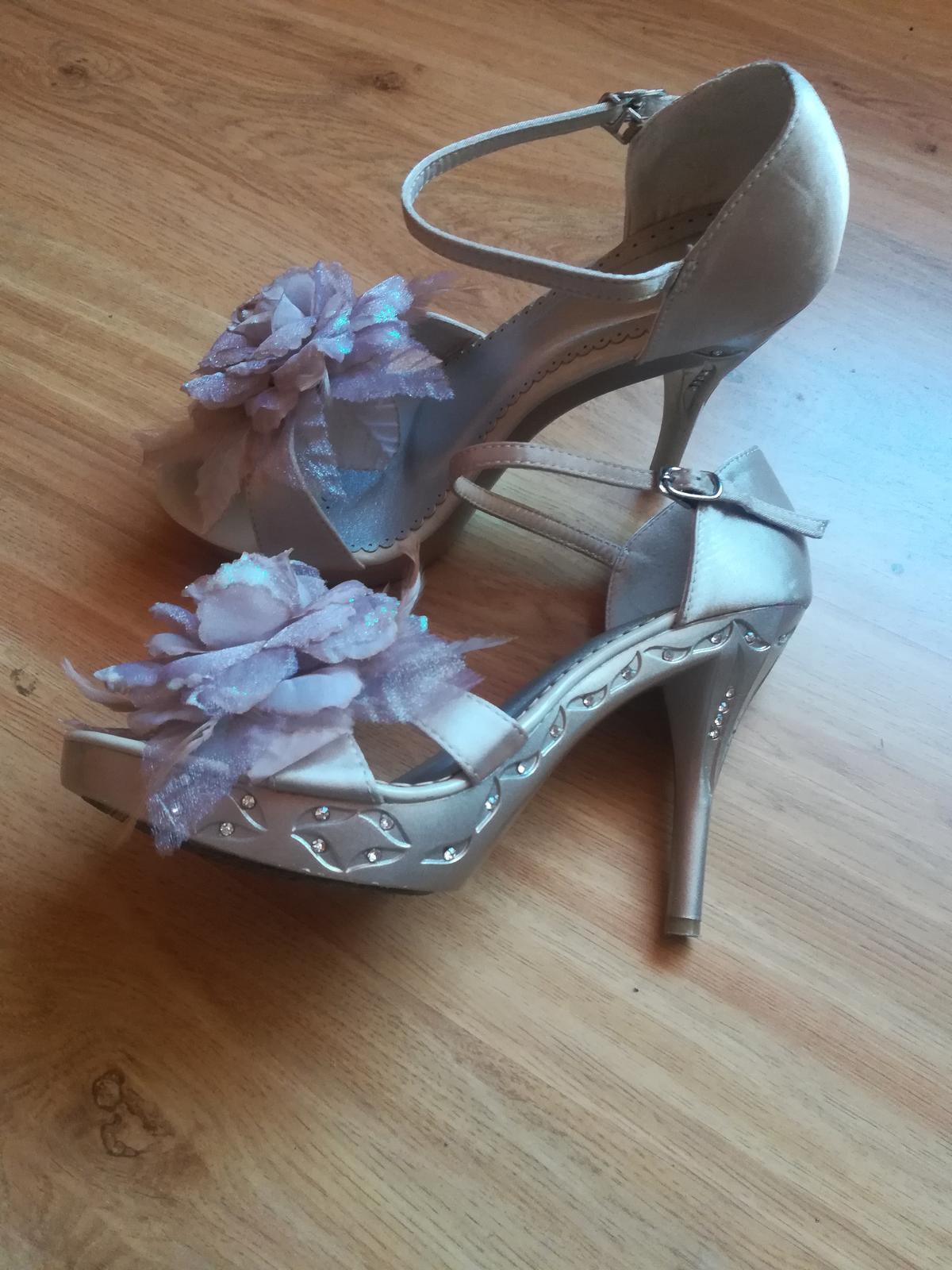 Sandále - Obrázek č. 1