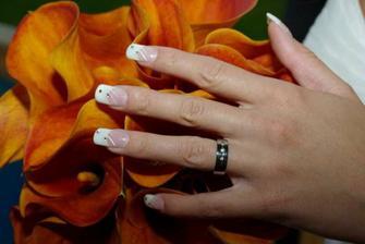 kytička, nehtíky a prstýnek