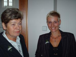 moje zlatá svědkyně s mojí mamkou