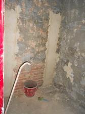 vyrovnáváme stěny v koupelně