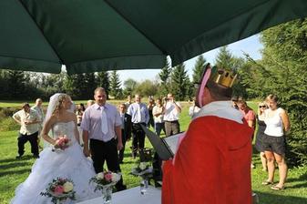Pohádkový svatební obřad s králem
