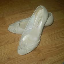 aj topánočky už sú ...
