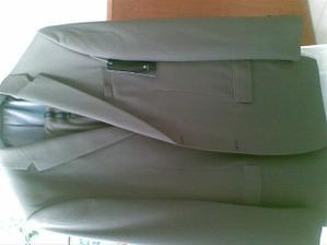 konecne mame oblek,este kosela a kravata