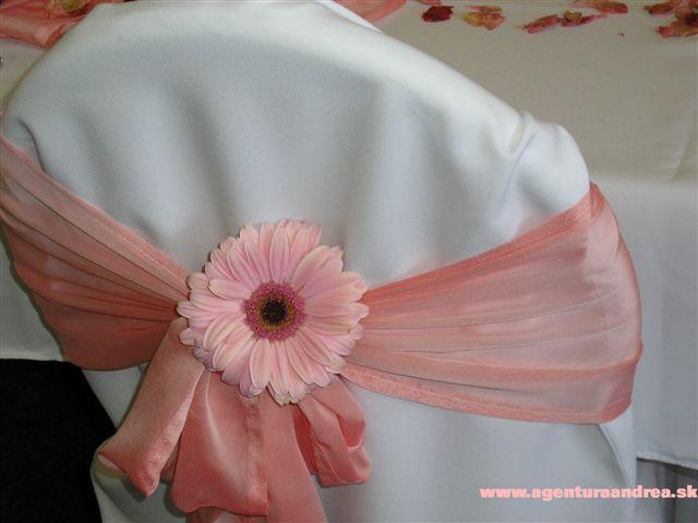 MY WEDDING IDEAS - ruzove navleky na stolicky