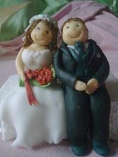 Postavičky na tortu.. včera som ich robila, aj keď nie su pre mňa.. ale kamoš sa žení a pečiem tortu...