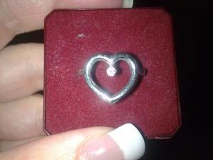 Zasnubny prstienok, briliantik sme kupili v Antwerpach v Muzeu Diamantov
