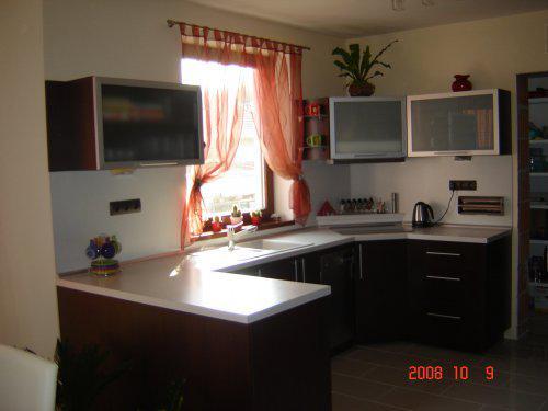 20.júla 2008 sme sa nastahovali do nasho domceka - kuchyna