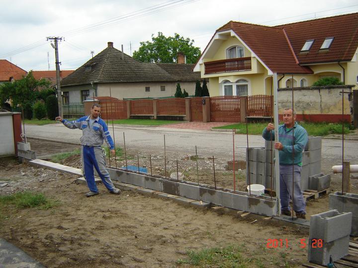 20.júla 2008 sme sa nastahovali do nasho domceka - pomaličky rastieme :)