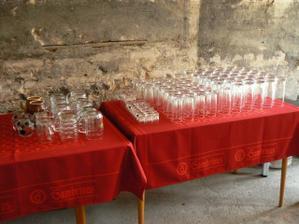 i sklenice už čekají :-)