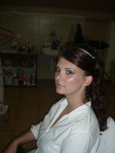 skúška účesu a make-upu