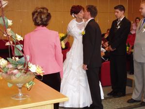 ještě novomanželská pusinka