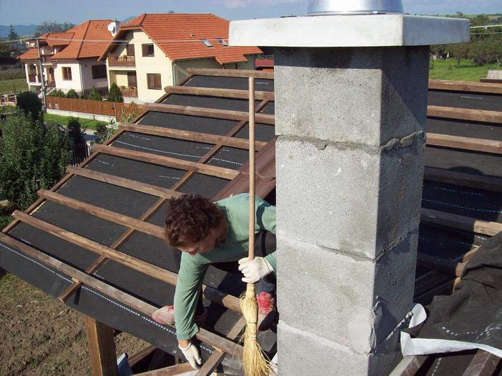 ..domcek - vrabec na streche :D