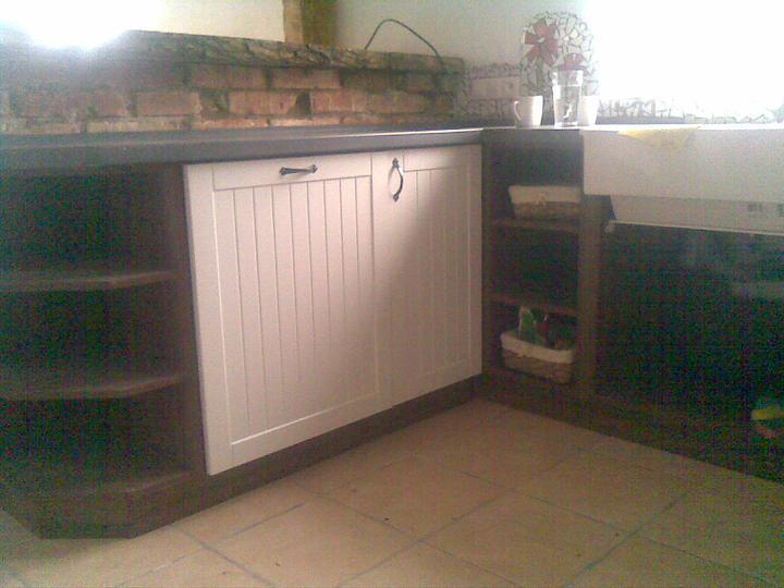 ..domcek - ..uz to zacina mat podobu kuchyne :D