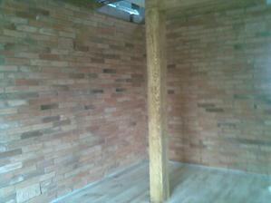 stena uz aj vysparovana aj dlazka polozena.len listy chybaju