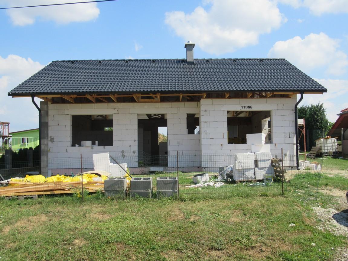 Väzníková strecha na kľúč s krytinou Bramac Klasik Protector Melek okr. Nitra - Obrázok č. 1