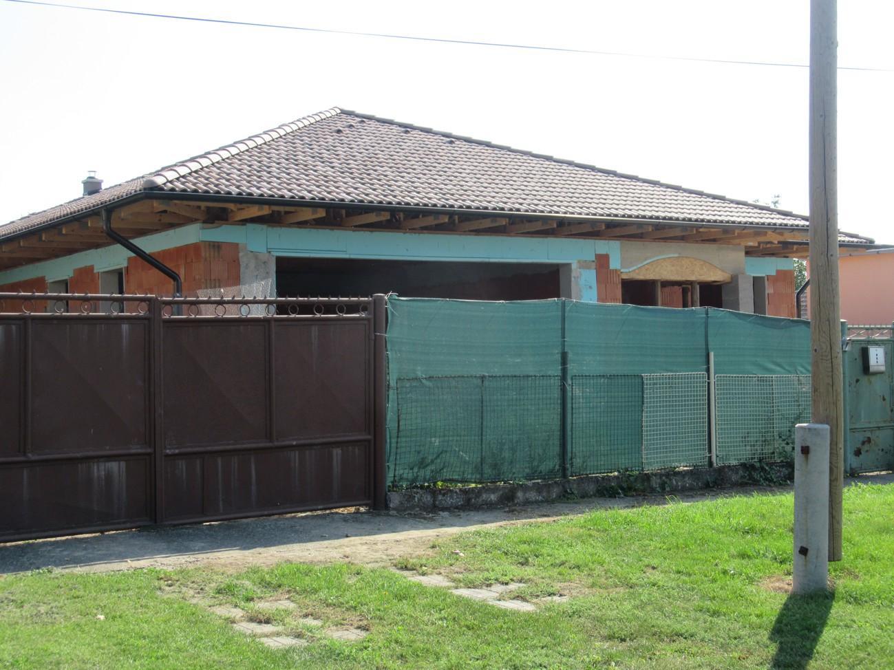 Väzníková strecha na kľúč s krytinou Bramac Adria Umbra Tvrdošovce okr. Nové Zámky - Obrázok č. 4