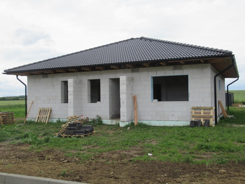 Väzníková strecha na kľúč s krytinou Terran Danubia EVO Carbon Michal nad Žitavou okr. Nové Zámky - Obrázok č. 2