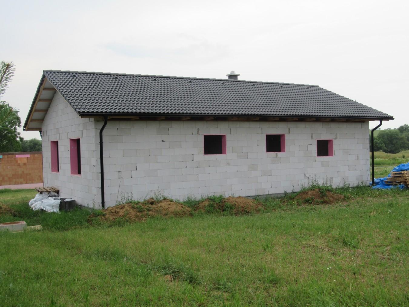 Väzníková strecha na kľúč s krytinou Terran Danubia Colorsystém Antracit Klasov okr. Nitra - Obrázok č. 2