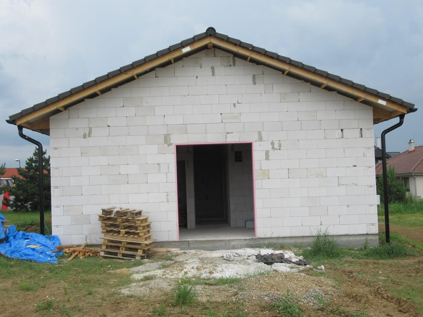 Väzníková strecha na kľúč s krytinou Terran Danubia Colorsystém Antracit Klasov okr. Nitra - Obrázok č. 4