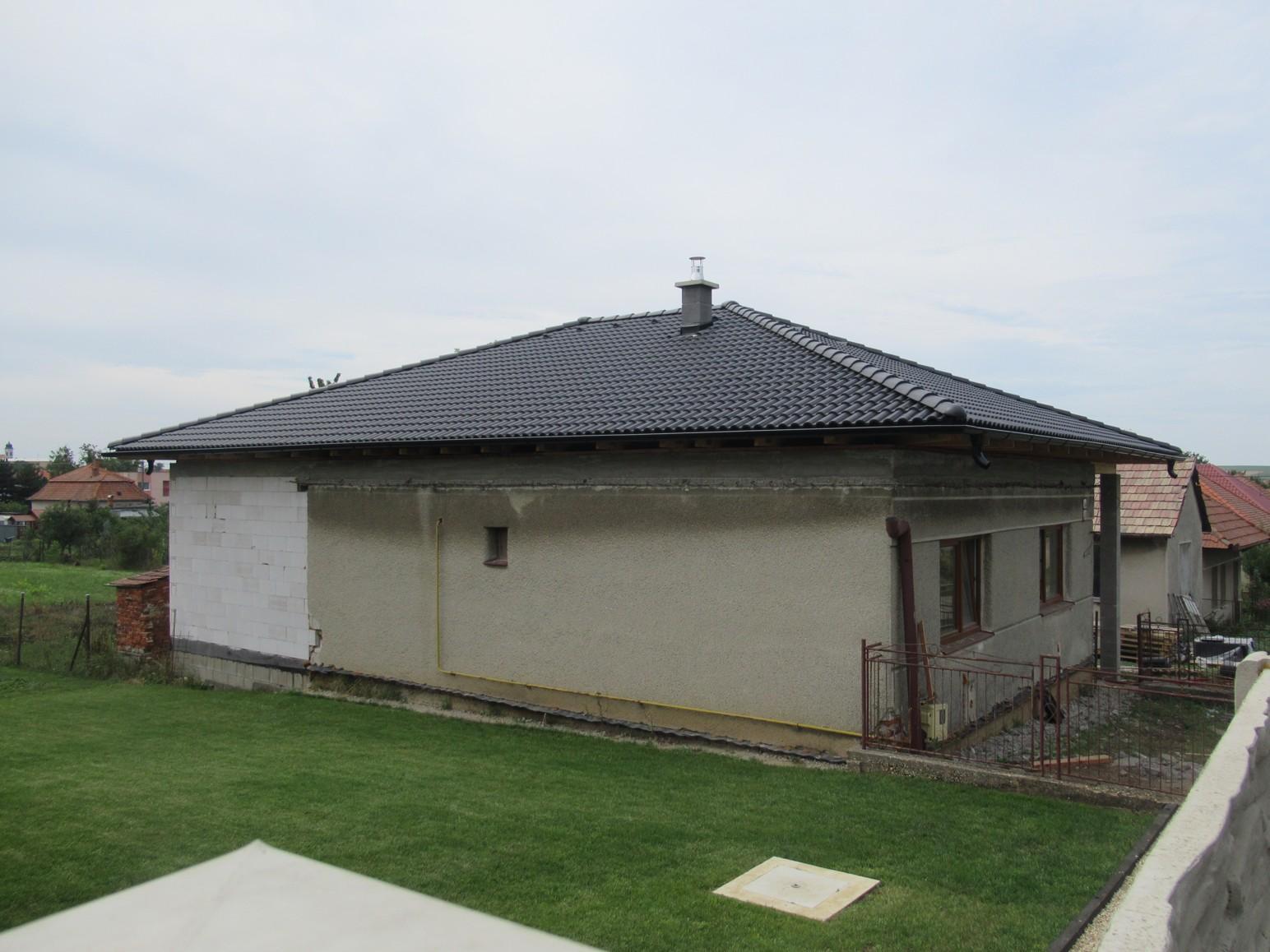 Väzníková strecha na kľúč s krytinou Terran Danubia EVO Carbon Veľká Maňa okr. Nové Zámky - Obrázok č. 3