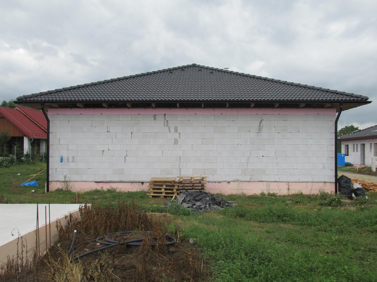 Väzníková strecha na kľúč s krytinou Terran Danubia EVO Carbon Horná Seč okr. Levice - Obrázok č. 3