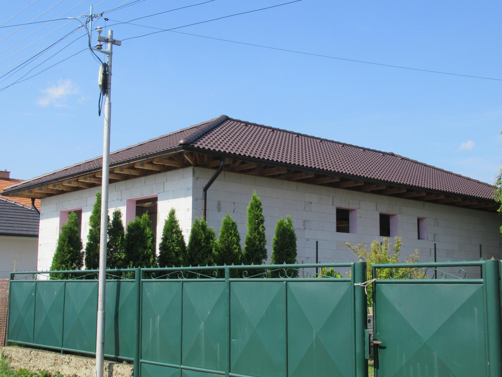 Väzníková strecha na kľúč s krytinou Terran Danubia EVO Mocca Kmeťovo okr. Nové Zámky - Obrázok č. 3