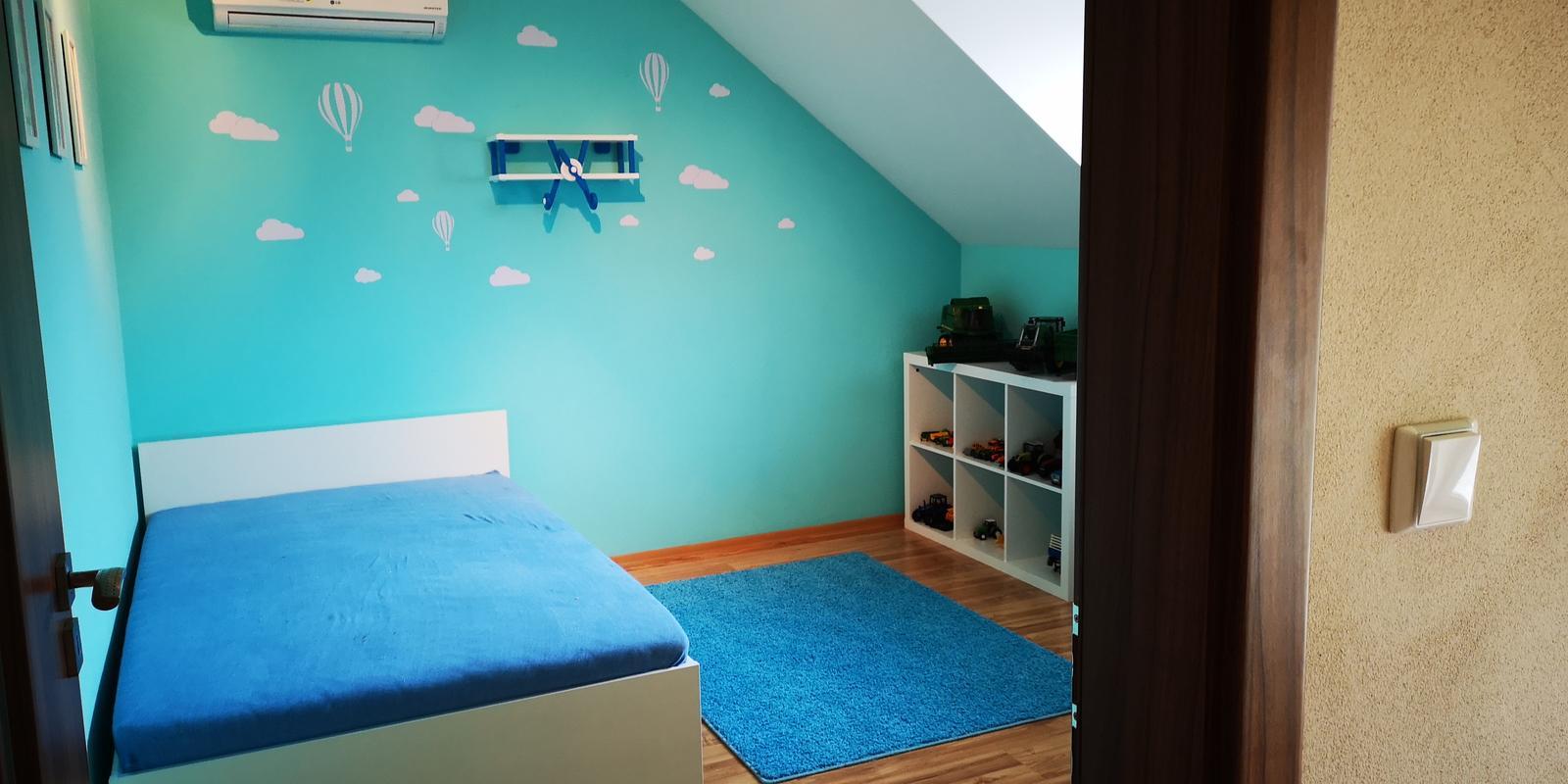 Vybírám pokojík pro prcka - . Pokojíček pro našeho 2,5 leteho syna téměř dokončen. Ještě chybí nějaké drobnosti ale to už dodám postupně.