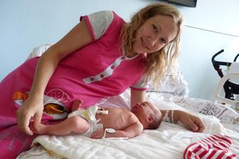obřík můj malý v porodnici