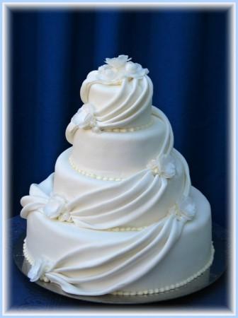Svadobne torty, zakusky - Obrázok č. 87