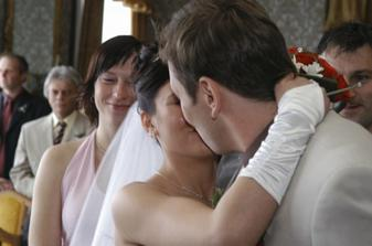 První novomanželská (neodbyli jsme ji!) :o)