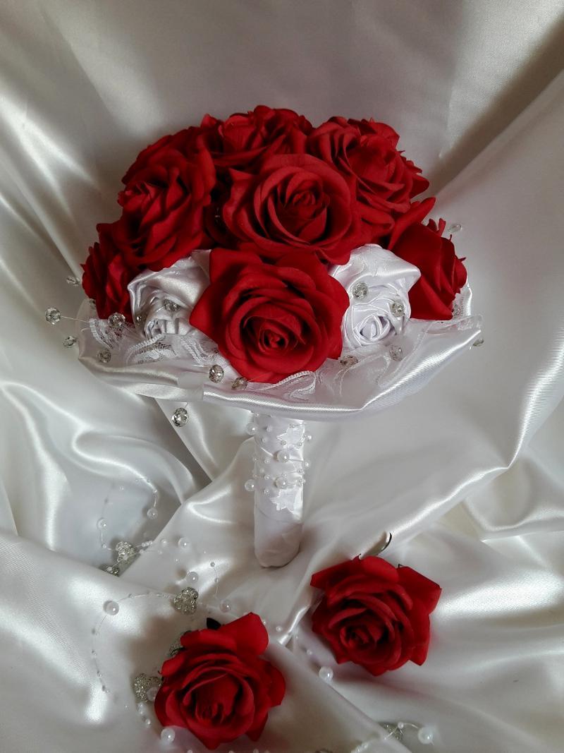 Z ruží... - Obrázok č. 1