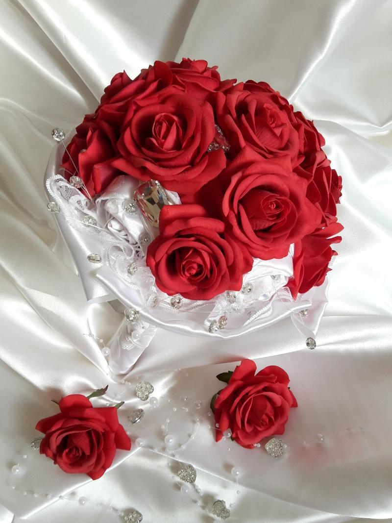 Z ruží... - Obrázok č. 8