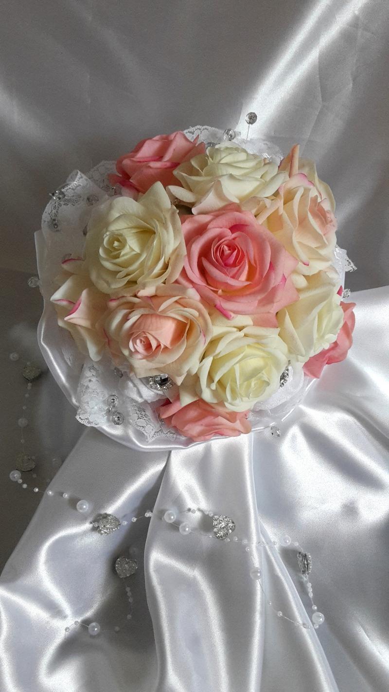 Z ruží... - Obrázok č. 7