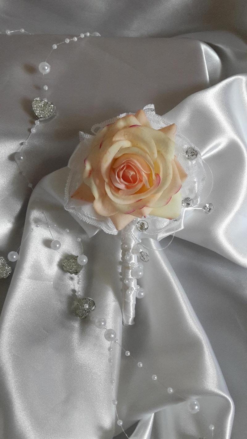 Z ruží... - Obrázok č. 13