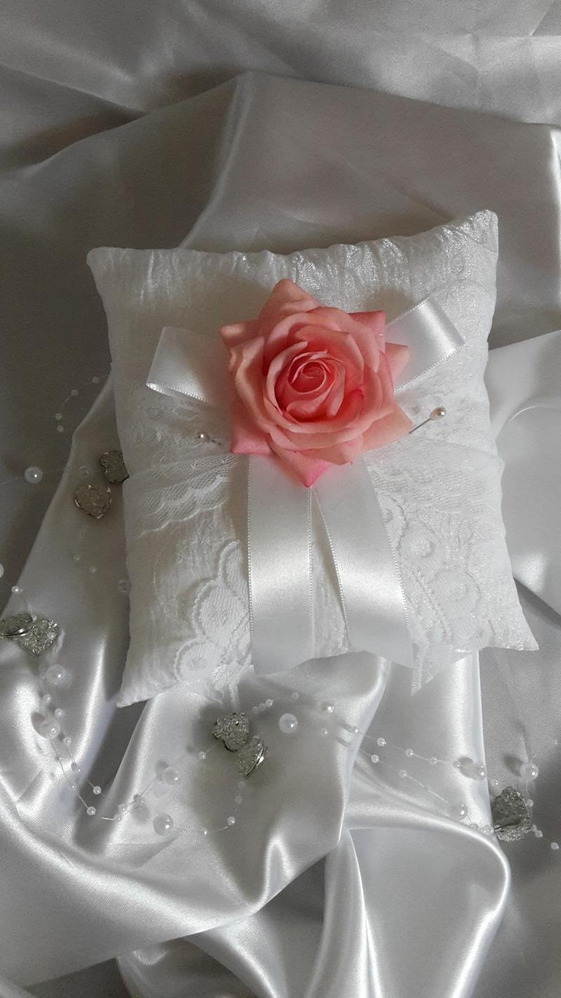 Z ruží... - Obrázok č. 14