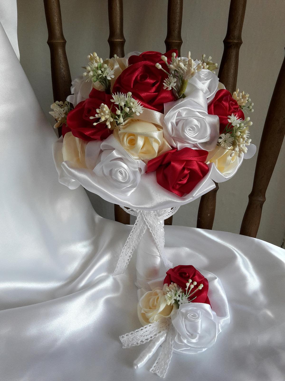 Saténové ruže - Obrázok č. 1
