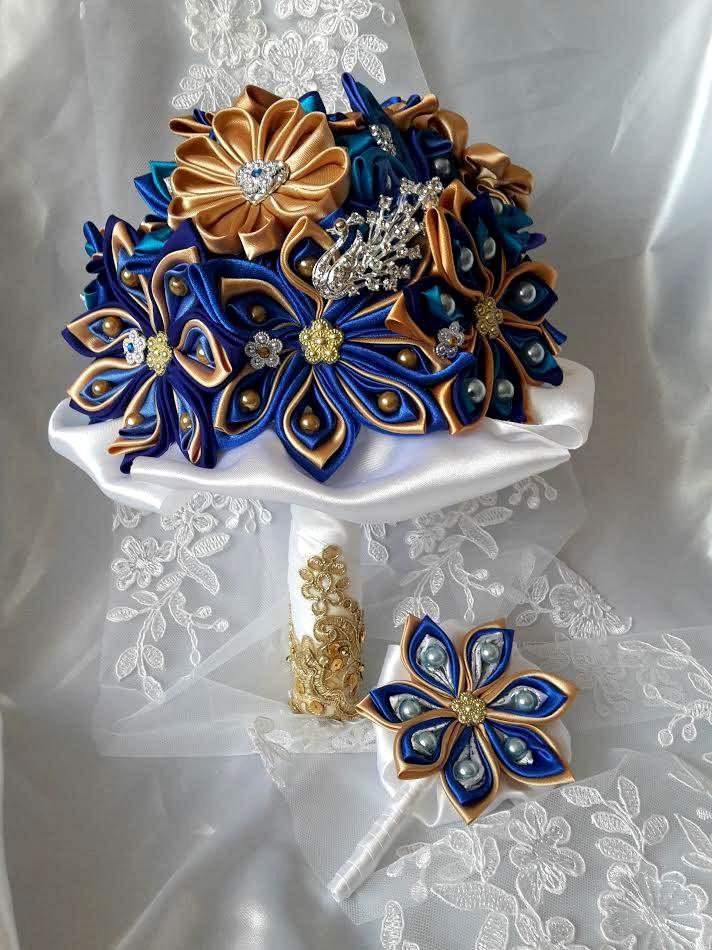 Kytice z kanzashi kvetov - Obrázok č. 2